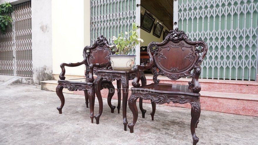 Hướng dẫn cách sơn lại bàn ghế cũ như mới để chào năm mới