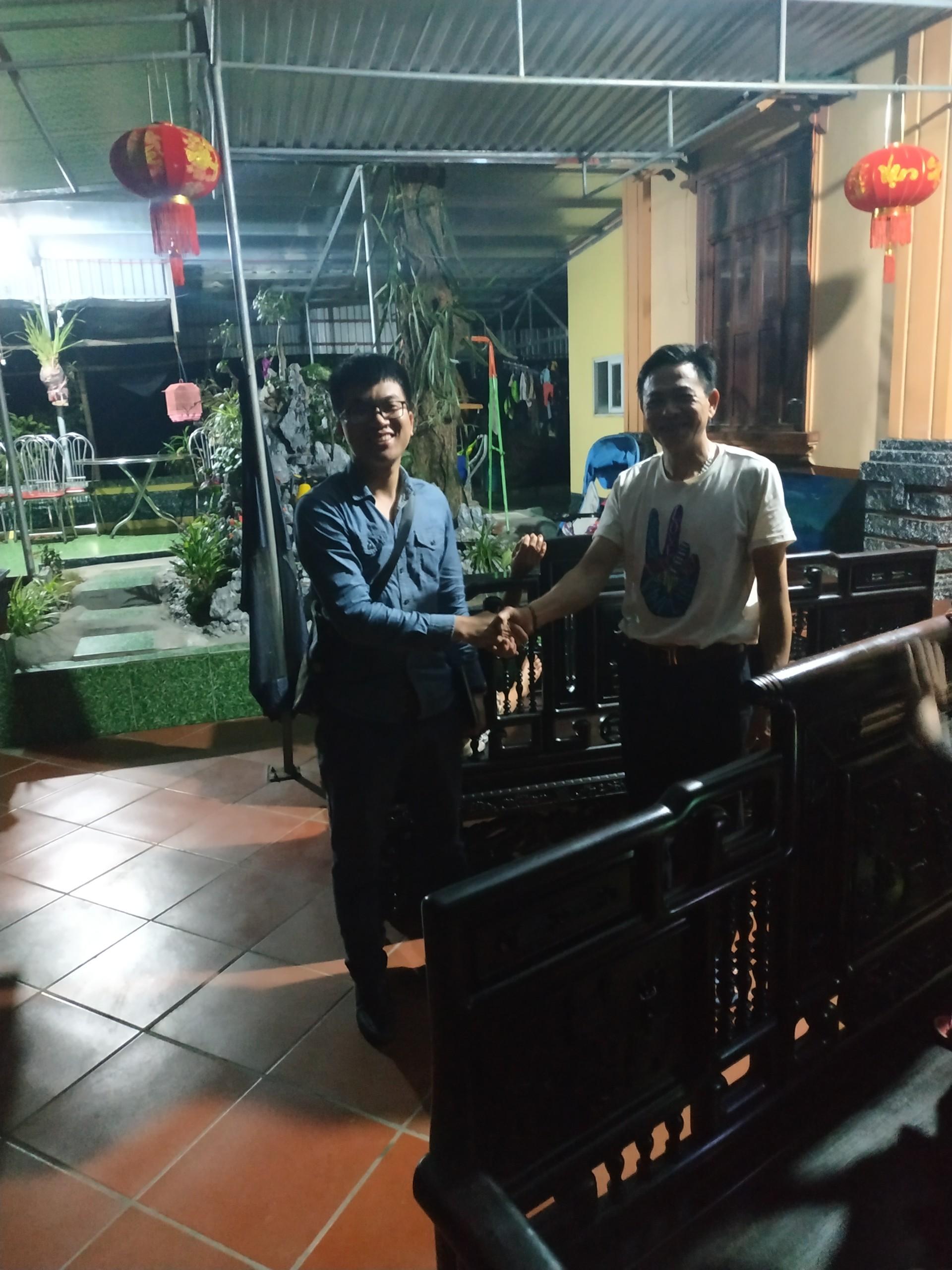 Dotinh.com giao hàng trường cổ đồ đại cho khách hàng tại Hải Dương (Ảnh: Dotinh.com)