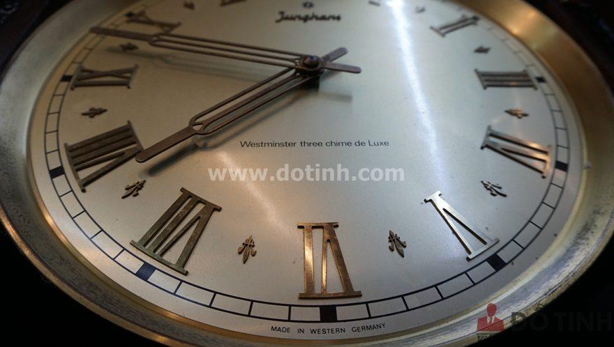 DH25: Junghans Clock - Đồng hồ cây Đức (Ảnh: Dotinh.com)