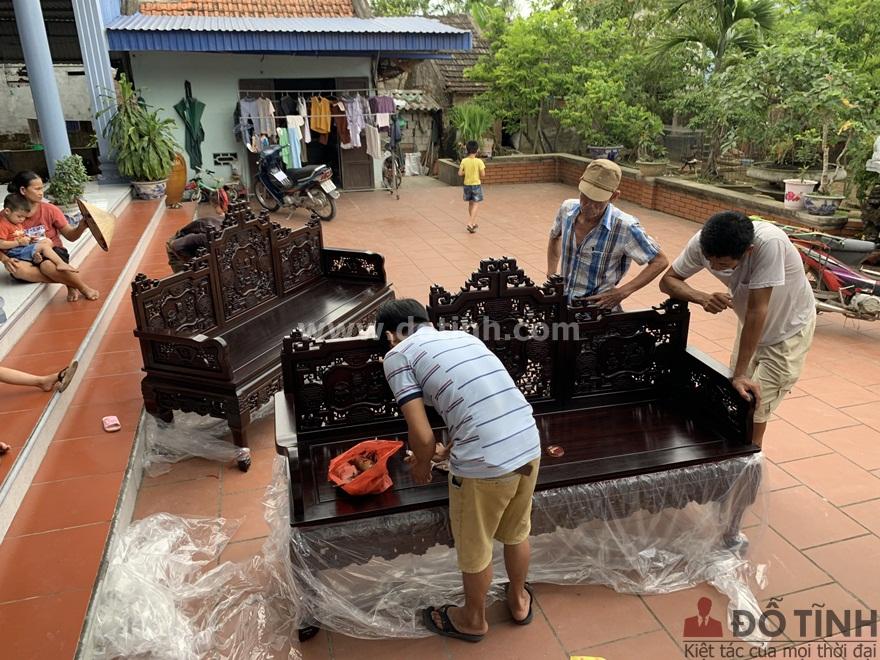 Tư vấn nơi mua trường kỷ gỗ tại Bình Định (Ảnh: Dotinh.com)
