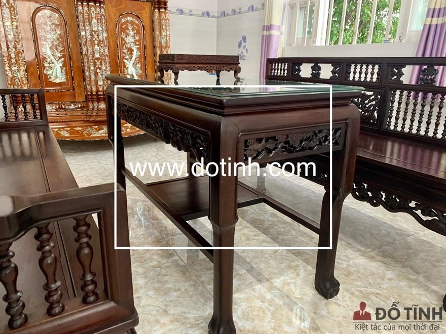 Những đường chỉ trên ghế, hay góc cạnh đều được làm sắc nét, chỉn chu không tì vết - Ảnh: Dotinh.com