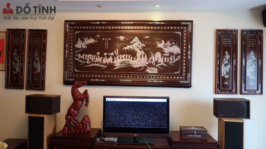 Bàn giao tranh vinh quy bái tổ khảm ốc ở Hà Đông, Hà Nội